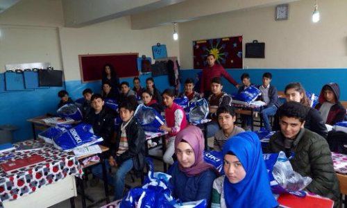 TYSD Bakırköy Şubemizden Bahişler Köyü TYD Atatürk İÖO Öğrencilerine Armağan
