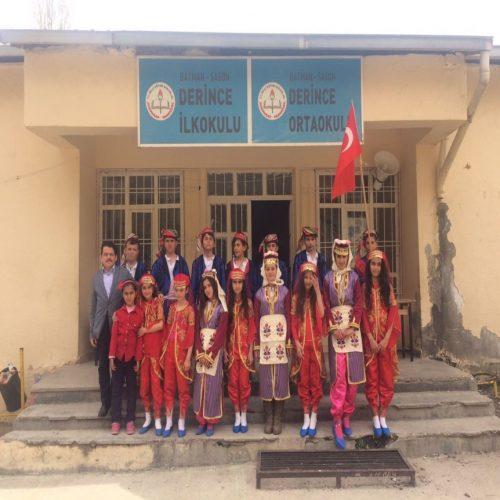 TYSD Beyoğlu Şubesinden Atatürk Büstü Hediyesi