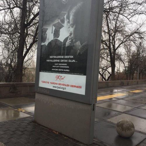 Ankara Caddelerinden Billboard Görüntüleri