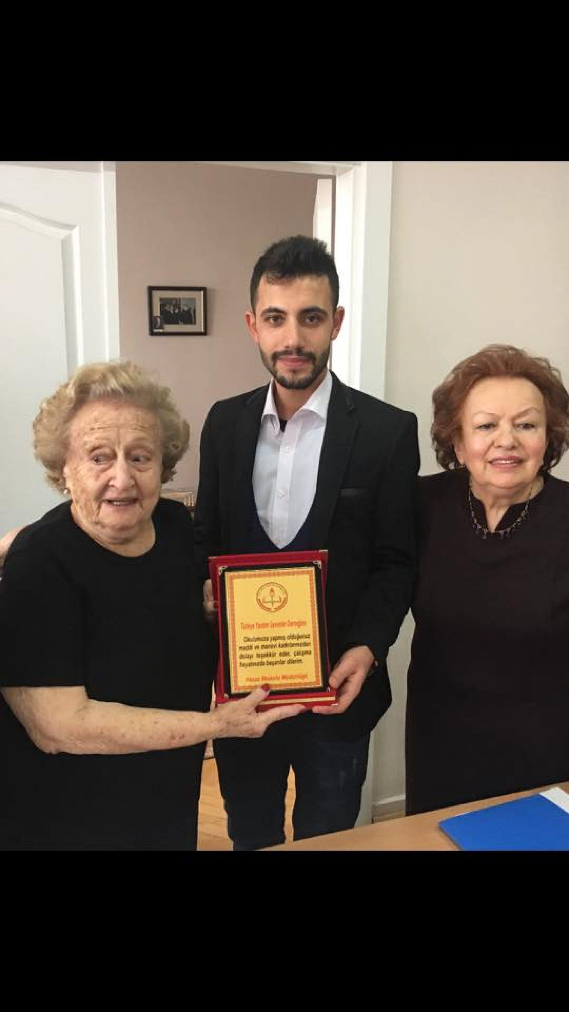 TYSD Genç Yardımsevenler Topluluğu'muzun Gönlü Kocaman Üyelerinden Bir Tanesi..