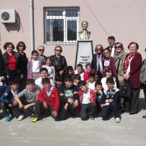 TYSD Kocaeli Şubemiz'den Atatürk Büstü