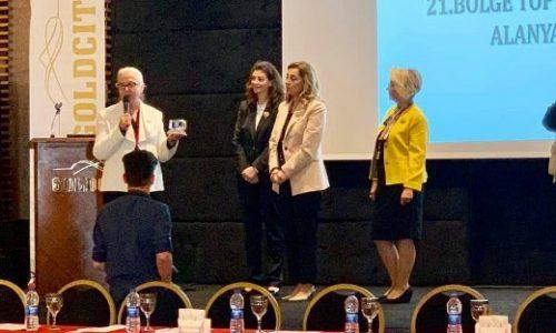 TYSD Alanya Şubemizden Hizmet Ödülleri Takdimi