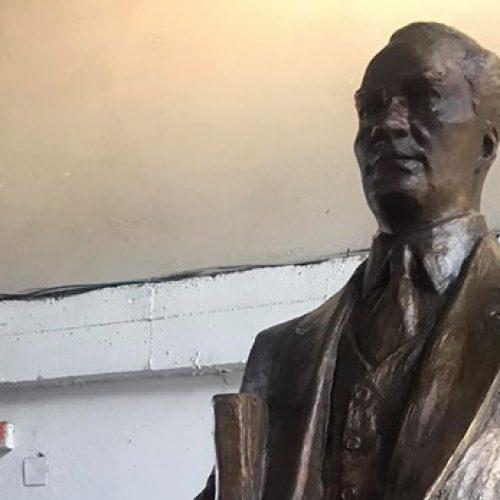 TYSD Beyoğlu Şubemizin Atatürk Heykeli Armağanı
