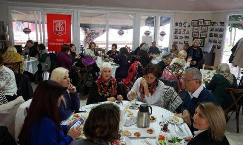 TYSD Mersin Şubemizin Atatürk Eğitim Burslu Öğrencilerimiz Yararına Kahvaltı Etkinliği