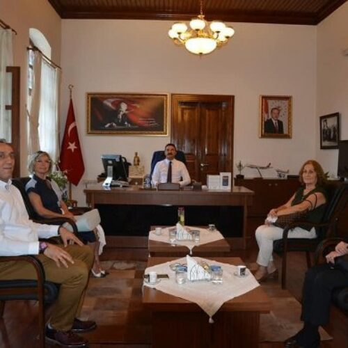 """TYSD Edremit Şubemizin """"Devlet, Millet Elele, EBA'ya Ulaşamayan Kalmasın Kampanyası"""" Desteği"""