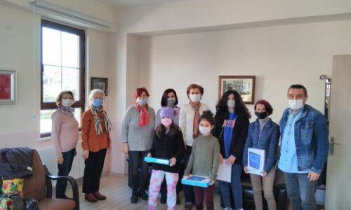 TYSD Çanakkale Şubemizin Öğrencilerimize Tablet Yardımları