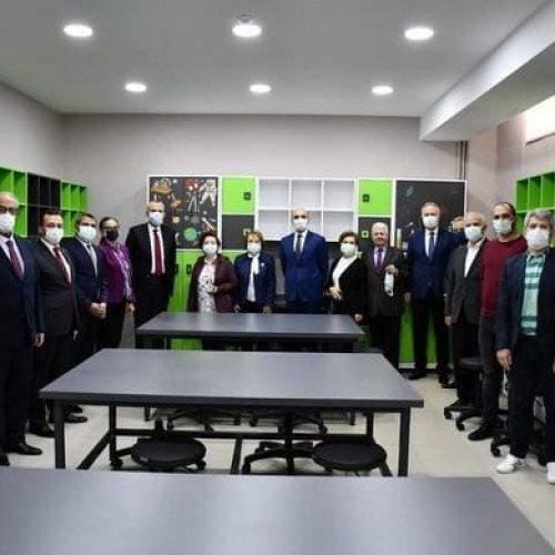 TYSD Bakırköy Şubemizin Yeşilköy Anadolu Lisesine Çok Amaçlı Sınıf Armağanı