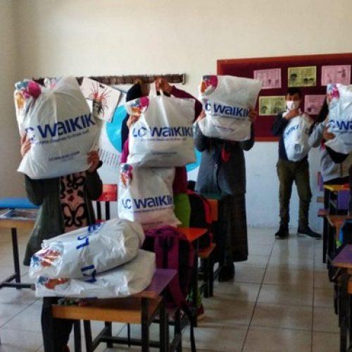 TYSD Genel Merkezimizin Giysi ve Kırtasiye Yardımları