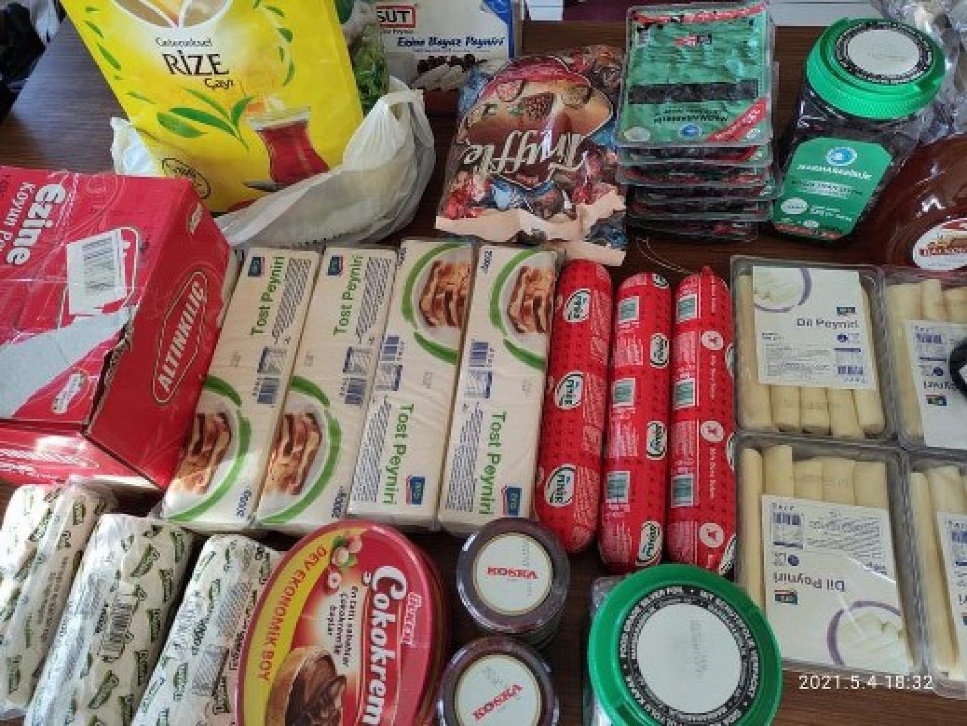 TYSD Bakırköy Şubemizin Gençlerimize Bayram Kahvaltığı Yardımları