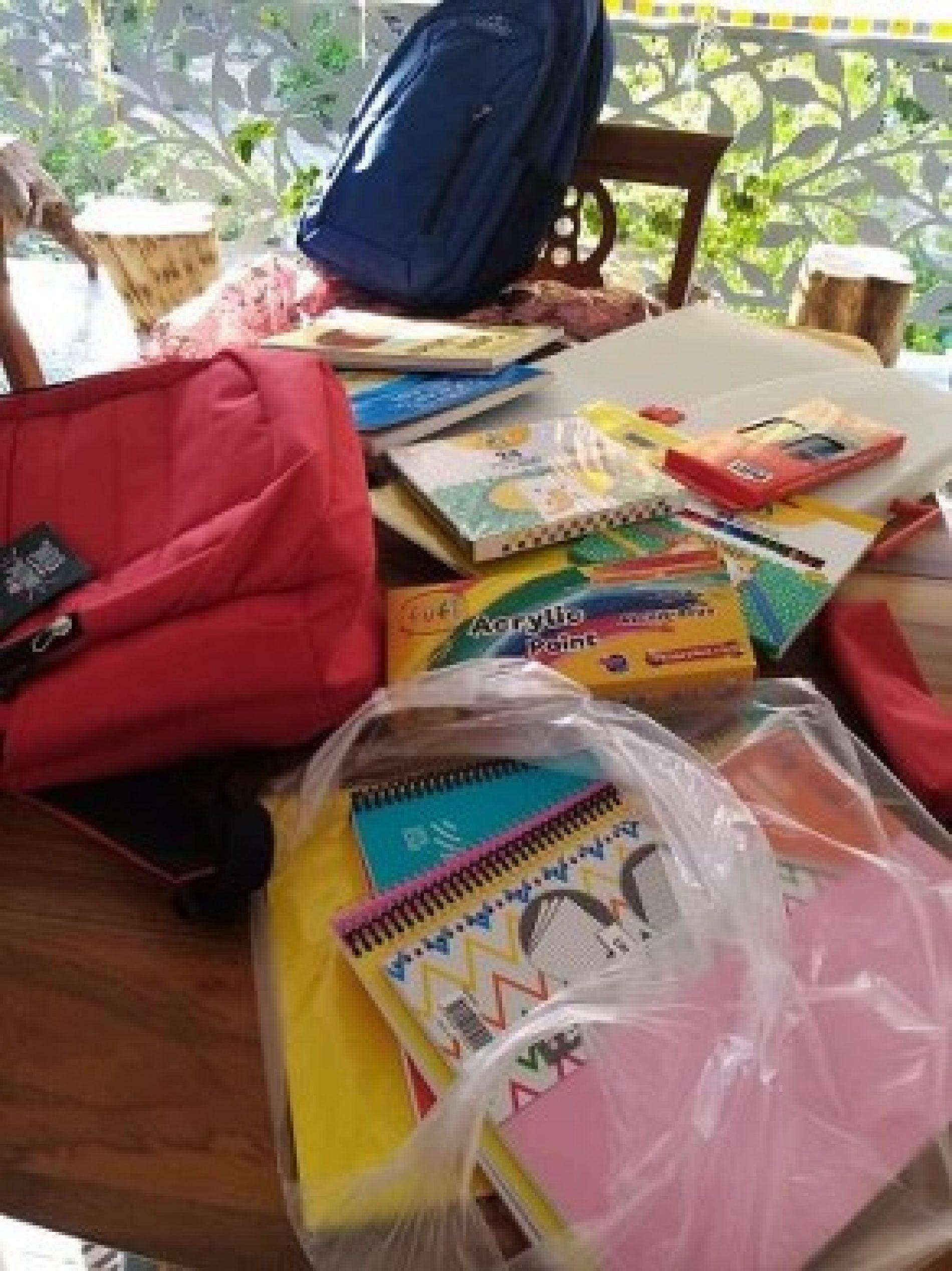 TYSD Aliağa Şubemiz Öğrencilerimizin Kırtasiye ve Giysi Gereksinimlerini Karşıladı