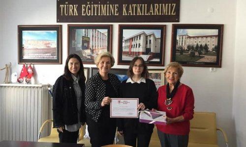 TYSD İstanbul Şubemiz Teknofest'te İnsansız Sualtı Sistemleri Temel Kategori'de Yarışma Birincisi Olan Öğrencimizi Tebik Etti