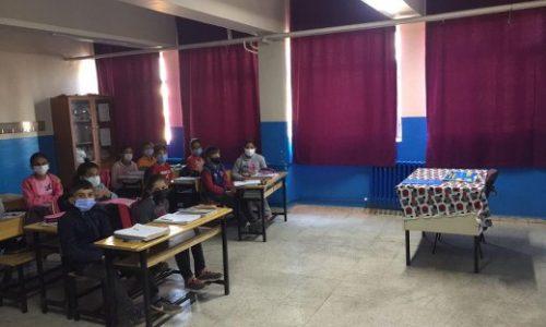 """TYSD Genel Merkezimizin """"TYSD Atatürk Ortaokulu""""na Perde Yardımları"""